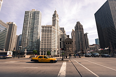 Wrigley Building by the Chicago River, Chicago, Illinois, United States of America, North America