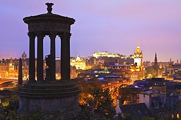 Edinburgh cityscape at dusk looking towards Edinburgh Castle, Edinburgh, Lothian, Scotland, United Kingdom, Europe