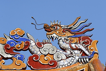 Roof detail with dragon, Tu Duc Royal Tomb complex, Hue, Vietnam, Indochina, Southeast Asia, Asia