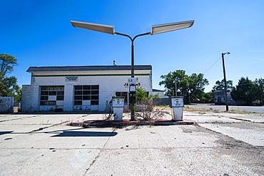 Abandonend petrol station along Route two through Nebraska, United States of America, North America