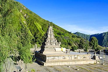 Hindu temple complex, Mount Bromo, Bromo Tengger Semeru National Park, Java, Indonesia, Southeast Asia, Asia
