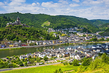 View over Cochem with its castle, Moselle Valley, Rhineland-Palatinate, Germany, Europe