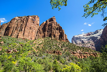View over the towering cliffs of the Zion National Park, Utah, United States of America, North America