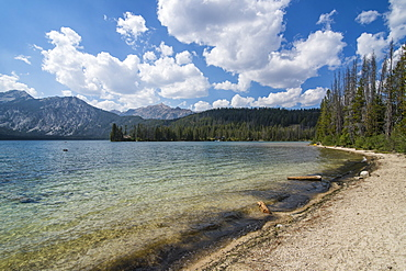 Sandy beach on Pettit Lake in a valley north of Sun Valley, Sawtooth National Forest, Idaho, United States of America, North America