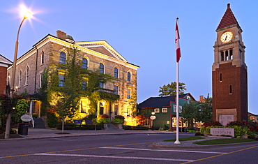 Court House and Cenotaph (Clock Tower) on Queen Street, Niagara-on-the-Lake, Ontario, Canada, North America