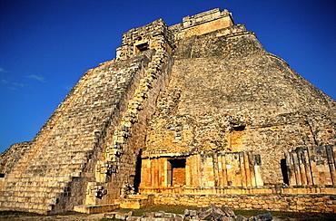 Pyramid of the Magician, Uxmal, UNESCO World Heritage Site, Yucatan, Mexico, North America