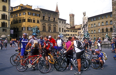 Group of cyclists at Piazza della Signoria, Florence, UNESCO World Heritage Site, Tuscany, Italy, Europe