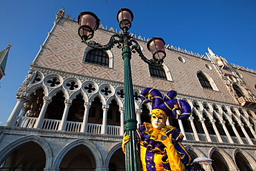 Carnival masks and costumes during Venice Carnival, St. Mark's Square, Venice, UNESCO World Heritage Site, Veneto, Italy, Europe