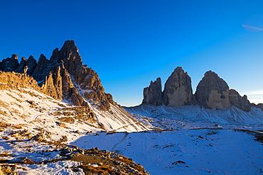 Tre Cime di Lavaredo and Monte Paterno, Auronzo, Belluno, Veneto, Dolomites, Italy, Europe