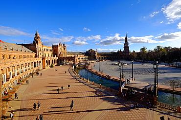 Plaza de Espana, built for the Ibero-American Exposition of 1929, Seville, Andalucia, Spain, Europe