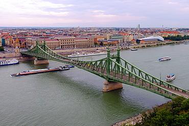 Szabadsag hid (Liberty Bridge), Budapest, Hungary, Europe