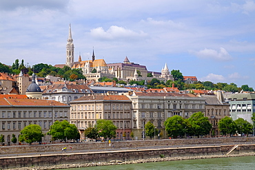 Matthias Church, Fisherman's Bastion at the heart of Buda's Castle District and the Danube, Budapest, Hungary, Europe