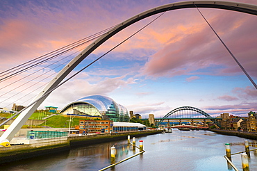 The Millennium Bridge and The Sage beside the River Tyne, Tyne Bridge in background, Gateshead, Tyne and Wear, England, United Kingdom, Europe