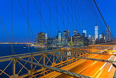 New York skyline, Manhattan, Brooklyn Bridge over East River, Lower Manhattan skyline, including Freedom Tower of World Trade Center, New York, United States of America, North America