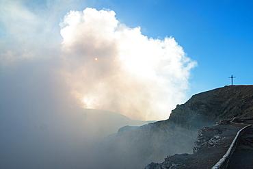 Main crater of Masaya Volcano caldera, Nicaragua's first national park, its vent is usually shrouded in smoke, Masaya, Nicaragua, Central America