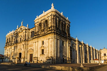 Basilica de La Asuncion, dating from 1610, Leon's Cathedral, largest in Central America, UNESCO World Heritage Site, in historic north west city, Leon, Nicaragua, Central America