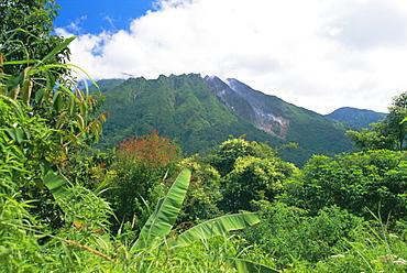 Mount Sibayak, 2094m high, an active volcano in the Karo Highlands, North Sumatra, Sumatra, Indonesia, Southeast Asia, Asia