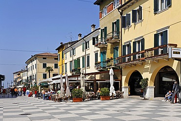 Houses at the via fontana, Lazise, Lake Garda, Italy