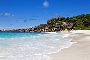 Lonely beach of Grand Anse, with the typical granite rocks of La Digue, La Digue Island, Seychelles, Indian Ocean, Africa