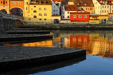 Stone Bridge, Danube, Regensburg, Upper Palatinate, Bavaria, Germany