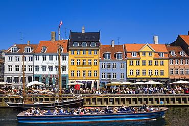 Tour boat in Nyhavn Canal, Copenhagen, Denmark, Europe