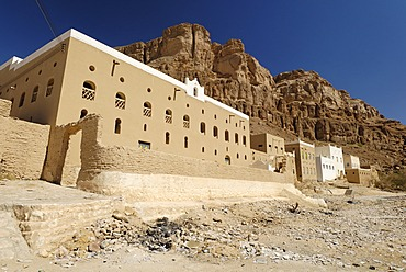 Grave site of the prophet Hud, pilgrimage site of Gabr Hud, Qabr Hud, Wadi Hadramaut, Yemen
