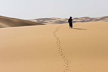 Tuareg in the Libyan Desert, Sahara, Libya, North Africa, Africa