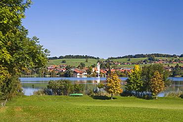 Riegsee village on lake Riegsee, Upper Bavaria, Bavaria, Germany, Europe