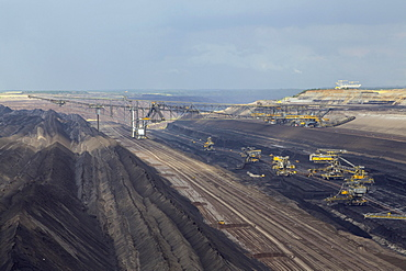 Brown coal mining, Welzow-South opencast mining, Welzow, Spree-Neivüe district, Brandenburg, Germany, Europe