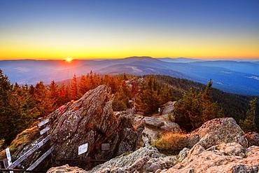 Sunrise, Grosser Osser near Lam, Kunisches Gebirge, Bavarian Forest, Upper Palatinate, Bavaria, Germany, Europe