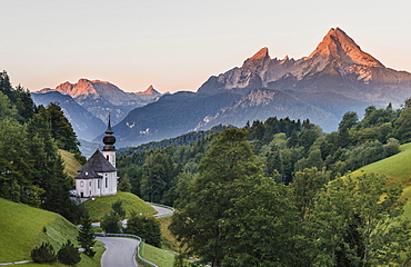 Pilgrim church Maria Gern, sunset view to mountain Watzmann from the valley Hochtal, Berchtesgarden Alps, Berchtesgaden, Berchtesgaden area, Upper Bavaria, Bavaria, Germany, Europe