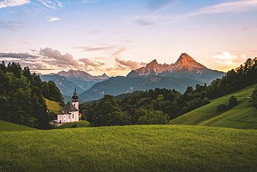 Pilgrim church Maria Gern, sunset view to mountain Watzmann from the valley Hochtal, Berchtesgarden Alps, Berchtesgaden, Berchtesgaden area, Upper Bavaria, Bavaria, Germany, Europe