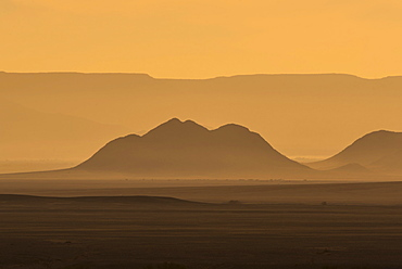 Sunrise over mountains, Tsauchab Valley, Sesriem, Hardap District, Namibia, Africa