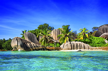 Beach Source d'Argent with granite rocks, La Digue, Indian Ocean, Seychelles, Africa