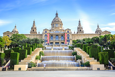 Museum, Museu Nacional d'Art de Catalunya with cascades, Barcelona, Catalonia, Spain, Europe