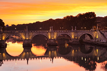 Angel Bridge at sunrise, Tiber, Rome, Lazio, Italy, Europe