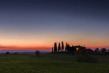 Tuscan landscape with house and cypresses, sunset, San Quirico d'Orcia, Val d'Orcia, Tuscany, Italy, Europe