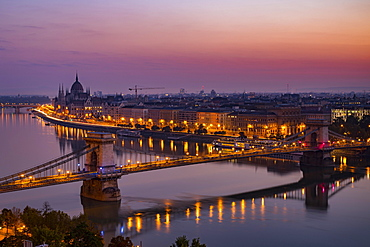 City view, Danube river with chain bridge and parliament at dusk, Budapest, Hungary, Europe