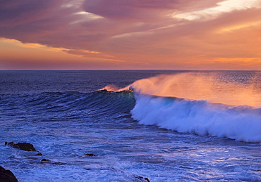 Ocean wave at sunset, Atlantic, Valle Gran Rey, La Gomera, Canary Islands, Spain, Europe