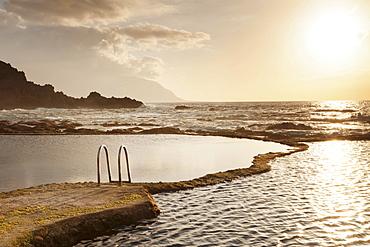 Natural swimming pool at sunset, La Maceta, El Hierro, Canary Islands, Spain, Europe