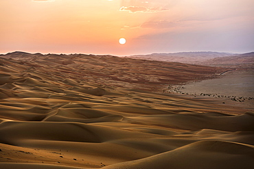 Sand dunes at sunset, Rub' al Khali or Empty Quarter, United Arab Emirates, Asia