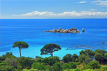 Bay of Palombaggia with turquoise blue sea, Porto Vecchio, Corse-du-Sud department, Corsica, France, Europe