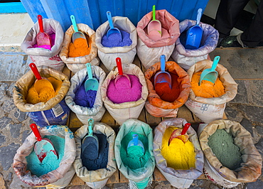 Sales stand with many bright colors, medina of Chefchaouen, Chaouen, Tanger-Tétouan, Morocco, Africa