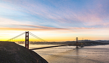 Golden Gate Bridge at sunrise, San Francisco, California, USA, North America