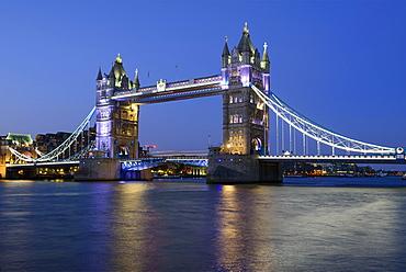 Tower Bridge illuminated at night, Thames, London, England, United Kingdom, Europe