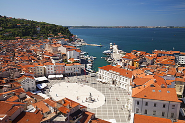 View of the historic centre with the harbour and Tartini Square, Piran, Istria, Slovenia, Europe