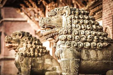 Antique Lion Figures, Royal Palace, Durbar Square, Patan, Kathmandu TalHimalaya Region, Nepal, Asia