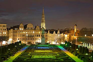 City view, view from the illuminated square Mont des Arts to the town hall and lower town, night shot, Brussels, Belgium, Europe