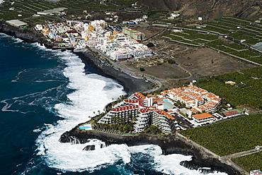 Beach with apartments and hotel complexes, Puerto Naos, West Coast, La Palma, Canary Island, Spain, Europe