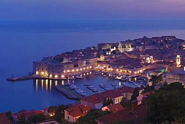 Old Harbour and the historic centre at dusk, Dubrovnik, Dalmatia, Croatia, Europe